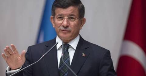 Başbakan Davutoğlu Azerbaycan'da Açıklamalarda Bulundu