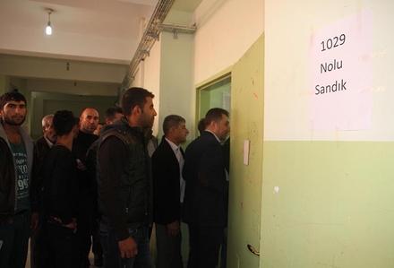 Seçimler Diyarbakır, Şırnak, ve Mardin'de Sakin Geçti